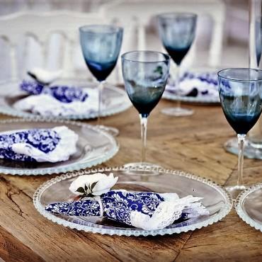 Detalhes de mesa de convidados